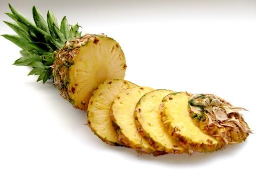 Vaistininkės patarimas Šv. Velykoms: į šventinį meniu įtraukite ananasą