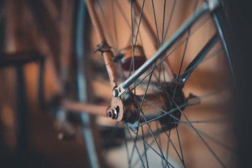 Panevėžyje pėsčiųjų perėjoje parblokštas dviratininkas