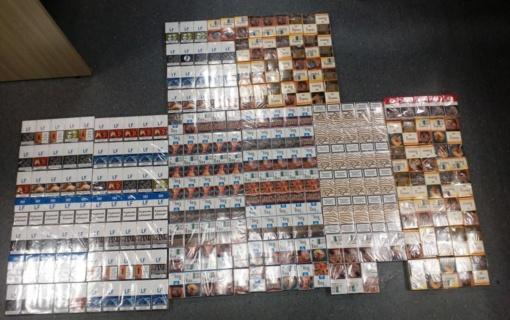 Klaipėdiečio namuose pareigūnai aptiko 531 pakelį kontrabandinių cigarečių