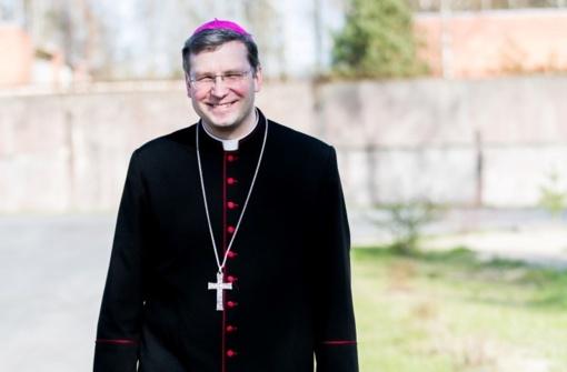 Vyskupo Kęstučio Kėvalo velykinis sveikinimas (vaizdo įrašas)