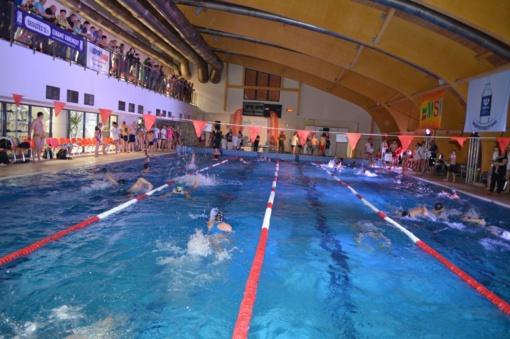 Varėnoje Lietuvos šeimų plaukimo varžybų dalyvių jau laukia įspūdingi prizai