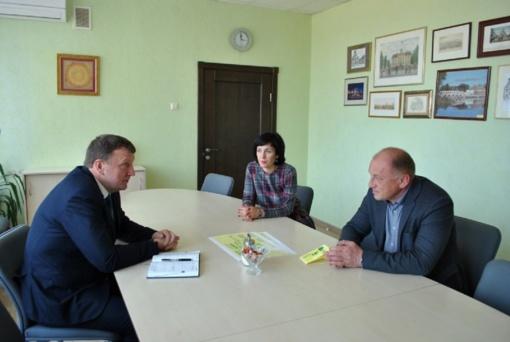 Savivaldybės meras susitiko su Valstybinių miškų urėdijos atstovu
