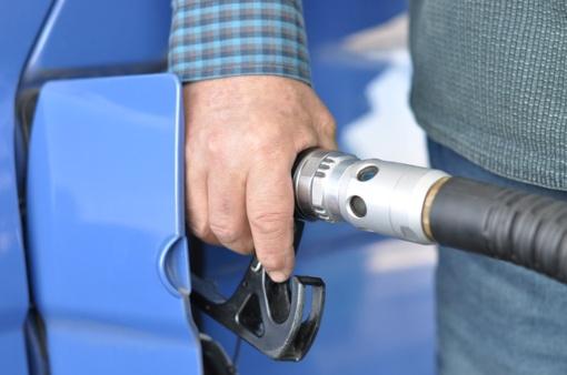 Kauniečiai šešėlinį degalų verslą suko su keliomis bendrovėmis