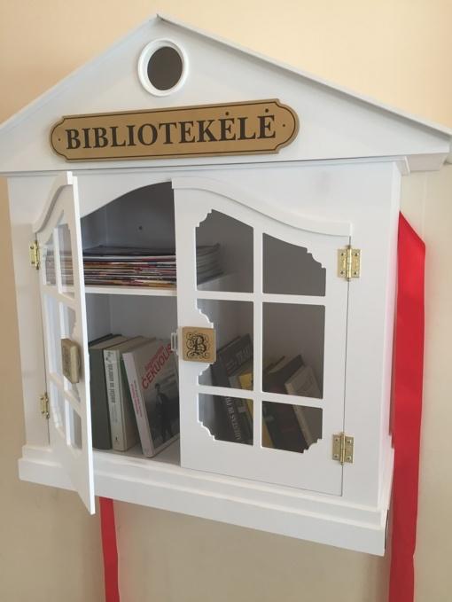 Knygų namelis atkeliavo iš Radviliškio