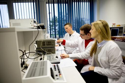 Išskirtinė galimybė Lietuvos studentams – CERN mokykla atkeliaus į Kauną