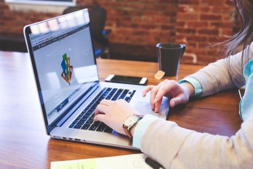 Web dizaino tendencijos, 2019-aisiais formuosiančios elektroninę prekybą