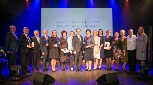 VšĮ Šilutės ligoninės gydytojui ir slaugytojai – garbingi apdovanojimai