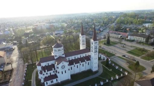 Televizijos laidoje – Žemaitijos dvarų didikai (vaizdo įrašas)