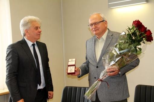 Utenos rajono savivaldybės mero sveikinimas – Arvydui Paleckiui