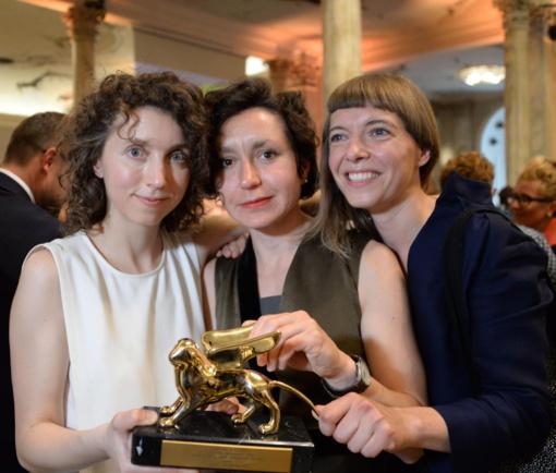 Prezidentė pasveikino Venecijos bienalėje pagrindinį prizą laimėjusias Lietuvos menininkes