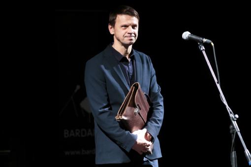 Prezidentė pasveikino aktorių ir režisierių R. Kazlą jubiliejaus proga