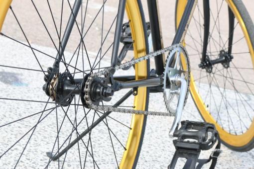 Marijampolėje partrenktas dviračiu į darbą važiavęs policininkas