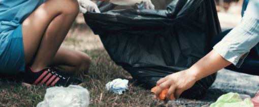 """""""Žaliosios olimpiados"""" rezultatai: mokiniai per mėnesį surinko 14 132 kilogramus plastiko atliekų, 3985 kilogramus stiklo"""