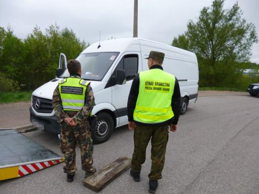 Lenkijoje tarptautinis patrulis sulaikė, įtariama, vogtą mikroautobusą