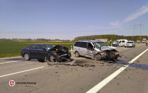 Trečiadienį keliuose sužeista 12 žmonių