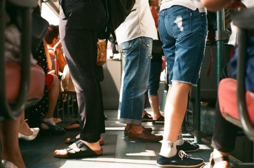 Ar privalome segtis saugos diržą autobuse?