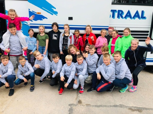 Šiaulių riedulio akademijos U-12 auklėtiniai išvyko į turnyrą Čekijoje