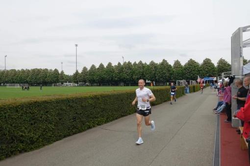 Lietuvos rekordą pagerinęs A. Sorokinas triumfavo 24 valandų bėgime Šveicarijoje