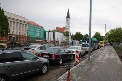 Šiaulių gatvėse – nevaldoma situacija: centras ryte nepravažiuojamas (fotogalerija)