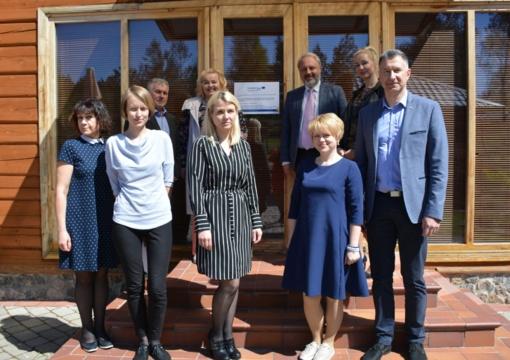 Alytaus, Varėnos ir Suvalkų ligoninėse gerinamos pacientų priežiūros paslaugos