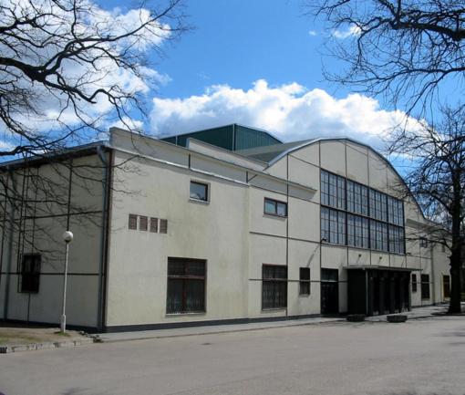 Krepšinio šventovei - Kauno sporto halei - jau 80, - šventės nebus