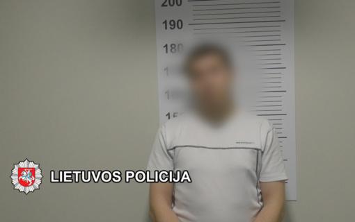 Itin stiprius sintetinius narkotikus Klaipėdoje platinusiems asmenims – uostamiesčio kriminalistų kirtis (vaizdo įrašas)