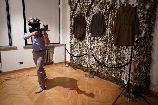 Muziejų naktį studentai suteikė galimybę virtualiai įsijausti į savanorio kasdienybę