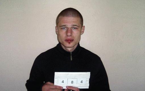 Klaipėdos teisėsaugininkai sulaikė 13 metų užsienyje besislapsčiusį vieną ieškomiausių Lietuvos nusikaltėlių (vaizdo įrašas)