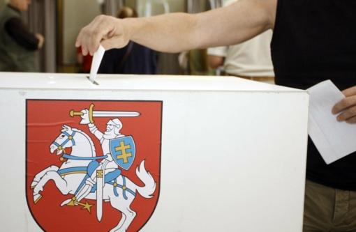 Išankstiniame balsavime aktyvumu nesiskundžia