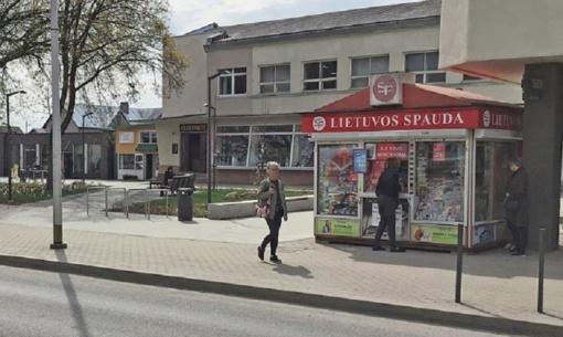 """Gargžduose uždaromas """"Lietuvos spaudos"""" kioskas: gyventojai apgailestauja"""