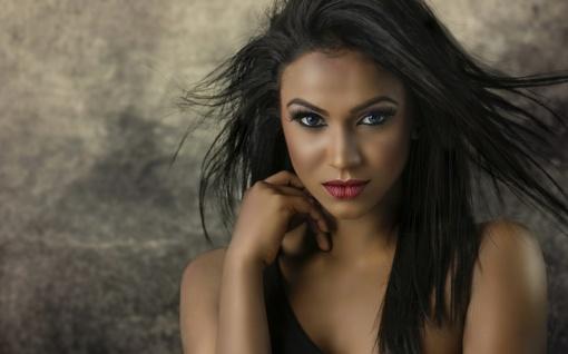 4 paprasti ir prieinami būdai, kaip tapti labai patrauklia moterimi
