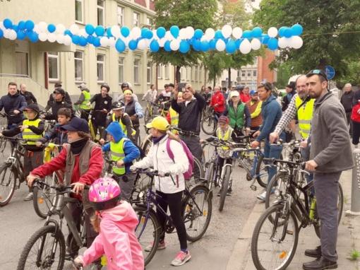 Šiauliuose pagerbti pirmieji dviratininkai olimpiečiai