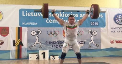 Sunkiaatletis Ž. Stanulis - absoliutus Lietuvos čempionas