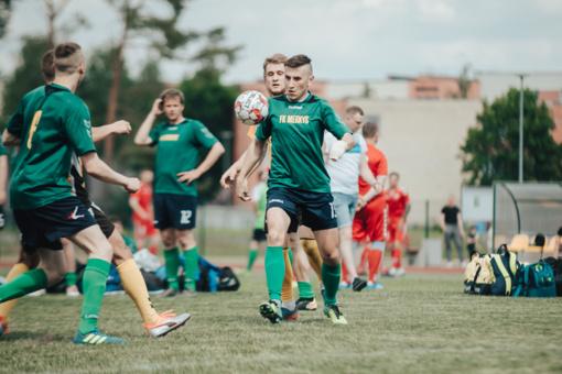 Lietuvos mažojo futbolo čempionato I-ajame etape: dvejos varėniškių lygiosios