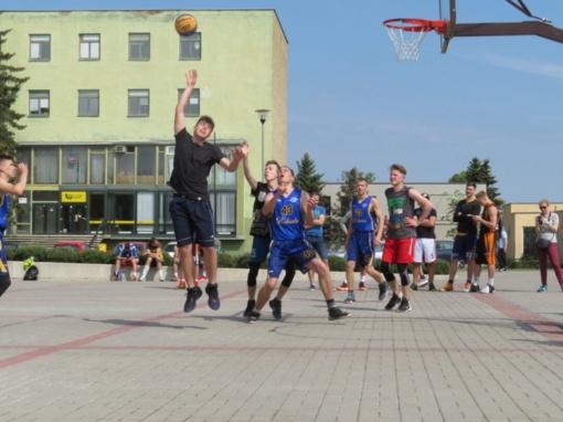 Krepšinio turnyre geriausiai sekėsi jauniesiems rokiškėnams