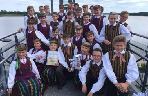 """""""Žirginėliai"""" laimėjo I ir III vietos diplomus tarptautiniame konkurse Telšiuose"""