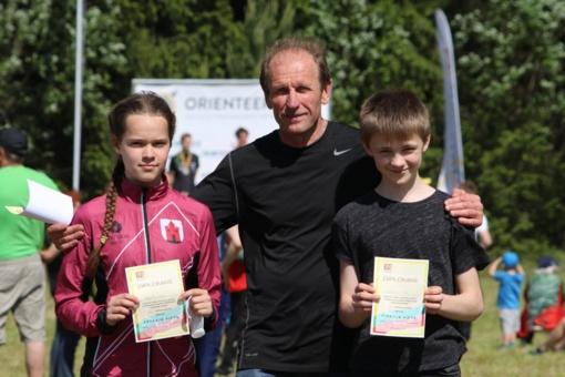 Jaunieji orientacininkai grįžo su apdovanojimais