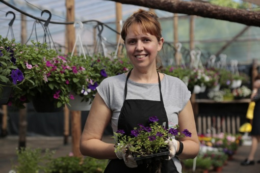 Gėlininkų iš Šunskų Lenkijos rinka negąsdina