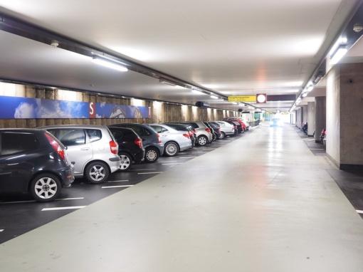 Automobilių parkavimo ypatumai – kokių klaidų nedaryti?