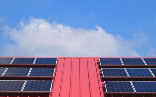Beveik 6 000 namų ūkių kreipėsi paramos saulės elektrinėms įsirengti ir seniems šildymo katilams pasikeisti