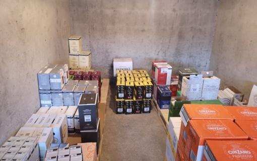 Sostinėje aptikta nelegali alkoholinių gėrimų parduotuvė (vaizdo įrašas)