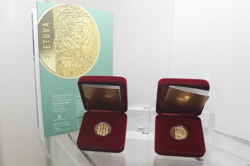 Aukso moneta įamžina Lietuvos laisvės kovas