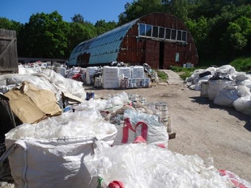 Ar užtenka iš atliekų išspausti naudą?