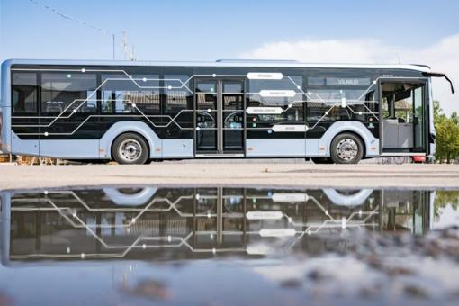 Vilniuje testuojamas pirmasis rinkoje MAN Lion's City hibridinis autobusas (vaizdo įrašas)