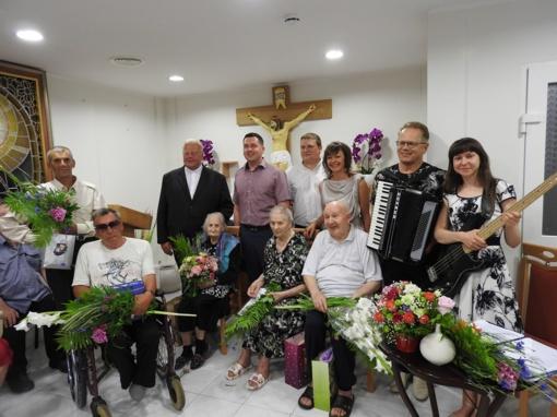 Mielagėnų senelių globos namuose švęstos Antaninės ir sveikintos jubiliatės
