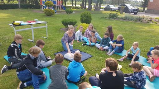 Pirmosios pagalbos užsiėmimai Šiaulių r. Drąsučių mokykloje
