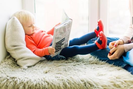 Svarstote, ar savo vaiką jau mokyti skaityti ir skaičiuoti: psichologė pataria, į ką atkreipti dėmesį (vaizdo įrašas)