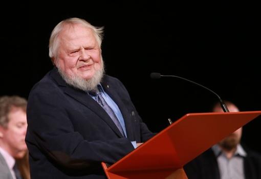 Buvusiam VDU rektoriui A. A. Avižieniui – Kauno garbės piliečio vardas