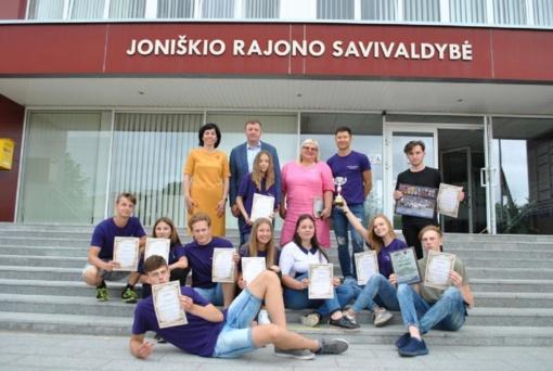 Padėkota jaunimo komandai atstovavusiai rajoną jaunimo vasaros akademijoje