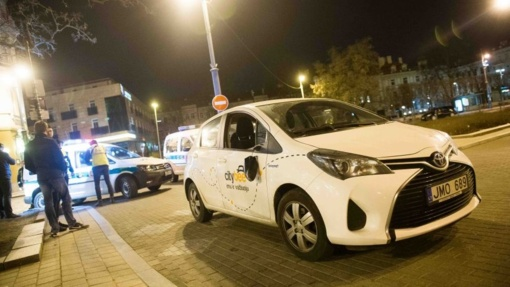 """Vilniuje merginą pražudžiusį """"City Bee"""" vairuotoją prašoma teisti už tyčinį nužudymą"""